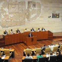 Asamblea de Extremadura rechaza propuesta del PP que solicita ayudas a autónomos en dificultades